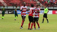 Selebrasi Madura United di Liga 1 2018. (Bola.com/Aditya Wany)