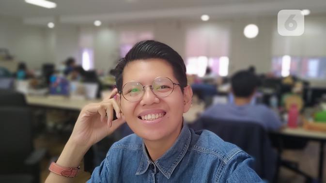 Hasil kamera selfie potrait mode ROG Phone 2. (Liputan6.com/ Yuslianson)
