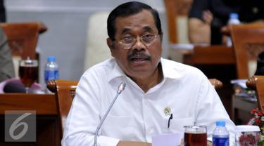 20160421- Jaksa Agung HM Prasetyo Raker Komisi III-Jakarta- Johan Tallo