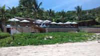 Rua Beach resort Sumba, resmi di buka Bupati Sumba Barat, Agustinus Niga Dapawole, di desa Rua, kecamatan Wanokaka, Kamis (26/4). Pembukaan ditandai dengan penandatanganan prasasti, pengguntingan pita dan pemotongan tumpeng.