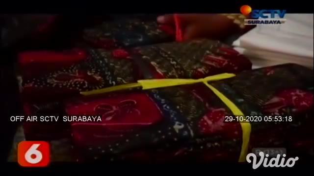 Setelah sempat mengalami kesulitan, dan penjualan menurun di masa pandemi Covid-19, jelang perayaan Maulid Nabi, pengrajin batik tulis di Sidoarjo menuai berkah.
