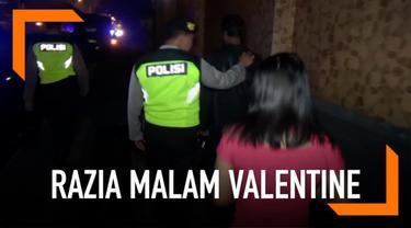 Jelang Hari Valentine, Polres Jombang gelar razia hotel untuk gerebek pasangan bukan suami istri.