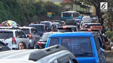 H-2 lebaran situasi lalu lintas di jalur selatan macet panjang. Kemacetan terjadi sepanjang belasan kilometer akibat meningkatnya jumlah kendaran yang melakukan mudik.