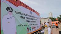 Pemerintah Provinsi Jawa Timur mengirimkan bantuan bahan pangan untuk dapur umum pada Jumat, 15 Mei 2020. (Foto: Liputan6.com/Dian Kurniawan)