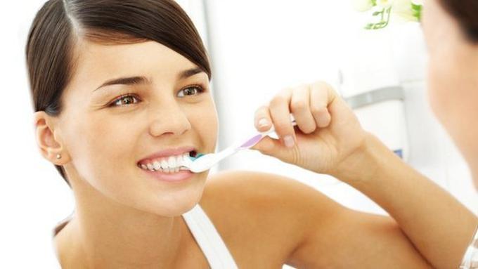 Resep Pasta Gigi Kunyit 3 Bahan Untuk Putihkan Gigi Dengan Cepat