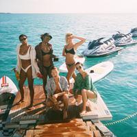 Kendall Jenner sendiri pun mengunggah foto serupa di Instagram miliknya. (instagram/kendalljenner)