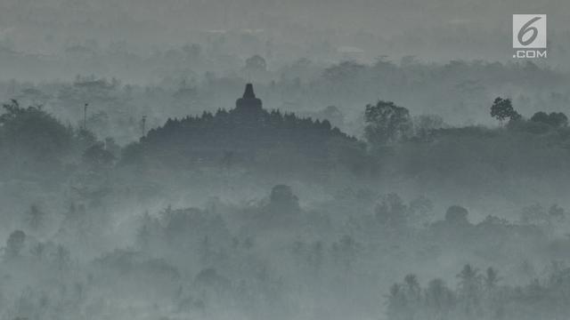 Melihat Kemegahan Candi Borobudur dari Punthuk Setumbu