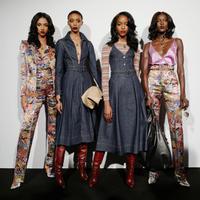 Zendaya dan Tommy Hilfiger pamer koleksinya pertama kali di Paris Fashion Week (Foto:Instagram/Tommyhilfiger)