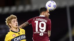 Parma yang wajib meraih tiga poin jika ingin memperpanjang napas di Serie A justru takluk dari Torino dengan skor 1-0. (Fabio Ferrari/LaPresse via AP)
