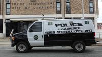 Kepolisian di AS merilis video menghebohkan (Lawrence Police Department)