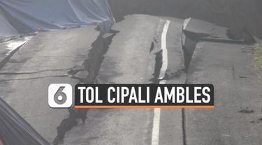 Ruas jalan Tol Cipali KM 122 ambles. Kondisi ini membuat lalu lintas di kawasan tersebut tersendat. Bagaimana perbaikannya?