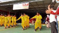 Anak-anak penghuni Lapas Anak Palu saat mengikuti Lomba Permainan Tradisional untuk memperingati Hari Pancasila, Selasa (1/6/2021). (Foto: Heri Susanto/ Liputan6.com).