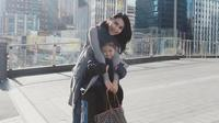 Ayu Ting Ting bersama putrinya, Bilqis, liburan ke New Zealand.