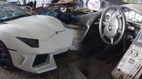 Lamborghini Aventador Seharga Toyota Kijang Innova (foto: Craigslist)