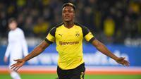 Arsenal berpeluang mendapatkan tanda tangan bek Borussia Dortmund, Dan-Axel Zagadou, pada bursa transfer musim panas tahun ini. (AFP/Patrik Stollarz)
