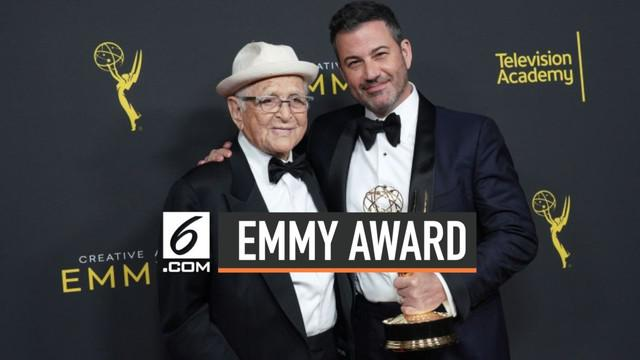 Norman Lear menjadi peraih tertua di Creative Arts Emmy Awards 2019. Acara ini berlangsung di Microsoft Theatre, Los Angeles, Amerika Serikat, Sabtu (14/9/2019).