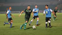 Duel PS Tira vs Barito Putera di Stadion Sultan Agung, Bantul, Senin (4/6/2018). (Bola.com/Ronald Seger Prabowo)