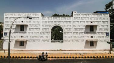 Menakjubkan, Lukisan Bayangan 'Berjalan' di Banguan Tua New Delhi