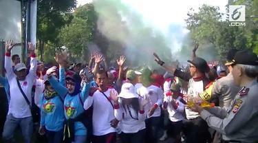 May Day, para buruh di Sumedang pilih gelar jalan sehat Color Fun Run.