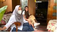 Menengok Halaman Rumah Keluarga Raffi Ahmad di Bandung, Penuh Tanaman dan Masih Terawat. foto: Youtube 'NizNaz Channel'