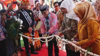Pembukaan Simposium Pelayanan Publik se-Provinsi Jawa Timur.