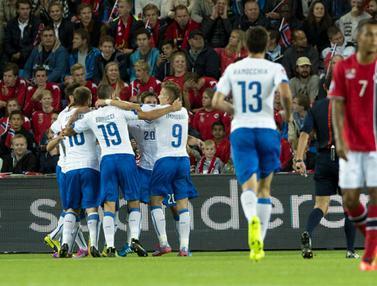 Tumbangkan Norwegia di Kualifikasi EURO 2016, Italia Bangkit