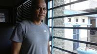 Herrie Setiawan tidak ingin terlalu disanjung karena merasa masih belum memberikan apa-apa di Persib. (Bola.com/Erwin Snaz)