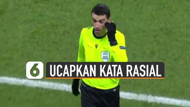 Akibat wasit ucapkan kata rasial kepada asisten pelatih Istanbul Basaksehir. Pemain PSG dan Basaksehir lakukan mogok main.
