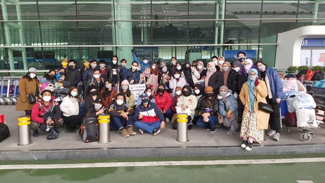 Potret Detik Detik Evakuasi Wni Dari Pusat Virus Corona Wuhan Global Liputan6 Com