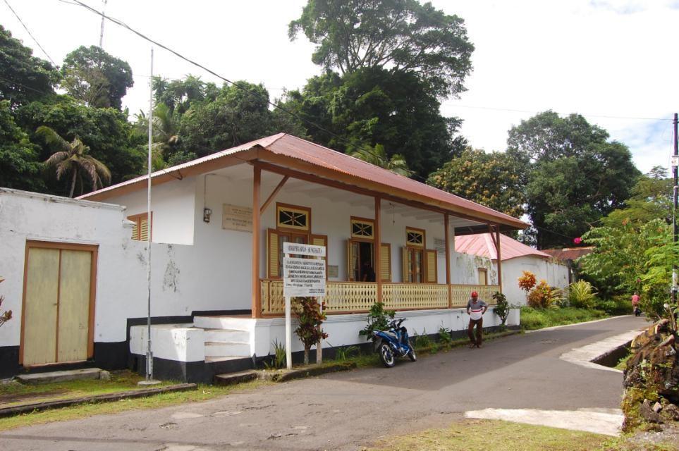 Rumah pengasingan Mohammad Hatta di Jalan Hatta, Desa Dwi Warna, Kecamatan Banda, Banda Neira, Maluku Tengah, Maluku. (Cagar Budaya Kemdikbud)