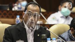 Menteri Perhubungan Budi Karya Sumadi saat rapat kerja dengan Komisi V DPR di Kompleks Parlemen Senayan, Jakarta, Rabu (15/7). Rapat membahas Laporan Hasil Pembahasan BPK Semester I dan II/2019. (Liputan6.com/Johan Tallo)