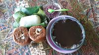 Makanan khas Betawi yang mulai jarang ditemui, mulai dari tape uli, kue China, dodol, (Liputan6.com/Komarudin)