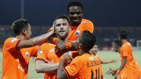 Bek muda Persija Jakarta, Anan Lestaluhu, menyebut kemenangan 1-0 atas Madura United diraih berkat kerja keras seluruh pemain. (dok. Persija Jakarta)