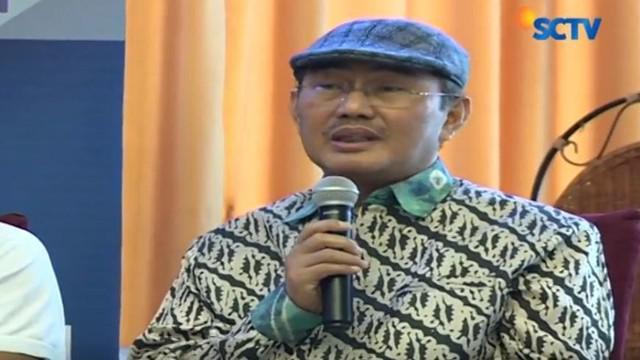 Ketua Ikatan Cendekiawan Muslim Indonesia (ICMI) Profesor Jimly Asshiddiqie menyatakan pemerintah bisa menjelaskan maksud diterbitkannya Perppu Ormas