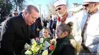 Presiden Turki Recep Tayyip Erdogan saat menyambangi Trakia Barat, Yunani, pada Desember 2017. (K. Ozer/AFP)
