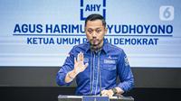 Ketua Umum Partai Demokrat Agus Harimurti Yudhoyono (AHY) saat konferensi pers terkait KLB Partai Demokrat di DPP Pusat Partai Demokrat, Jakarta, Jumat (5/3/2021). AHY menyebut acara yang diklaim sebagai KLB Demokrat di Deliserdang ilegal. (Liputan6.com/Faizal Fanani)
