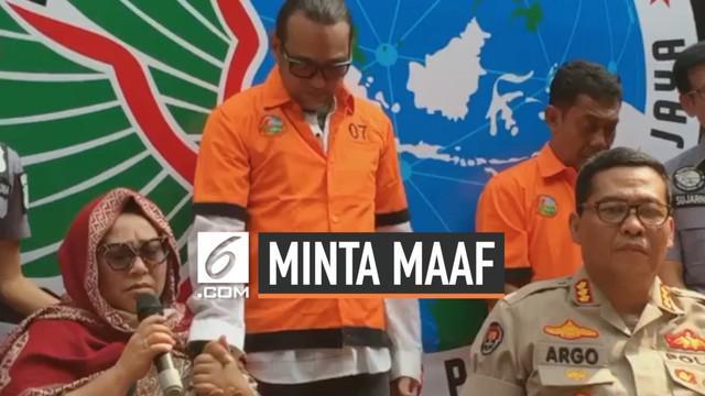 Komedian Nunung Srimulat, tak kuasa menahan nangis saat meminta maaf kepada sang suami karena belum bisa berhenti narkoba.