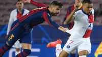 Gerard Pique marah-marah terus saat Barcelona melawan PSG (AFP)