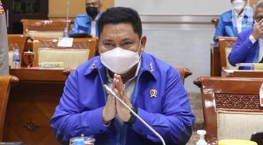 Kepala Badan Narkotika Nasional (BNN) Komjen Pol Petrus Reinhard Golose mengikuti rapat dengar pendapat dengan Komisi III DPR di Kompleks Parlemen, Senayan, Jakarta, Senin (7/6/2021). Rapat membahas penyusunan program kerja tahun 2022. (Liputan6.com/Angga Yuniar)
