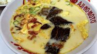 Untuk Anda penggemar soto betawi, yuk kita intip kelezatan soto khas berkuah santan berikut, di daerah Jakarta Barat. (Foto: Good Indonesian Food)