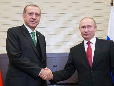 Putin dan Erdogan-AFP-20170503