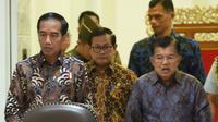 Presiden RI, Joko Widodo (Jokowi), menunjuk wakilnya, Jusuf Kalla, sebagai Ketua Pengarah Penyelenggaraan Asian Games 2018. (Setkab)