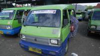Angkot di Bogor kembali beroperasi.