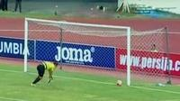Persija terpuruk ke papan bawah usai dikalahkan PSM Makassar.