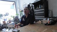Nikasius Dirgahayu, Barberman Sukses Bersaing (wormtraders.com)