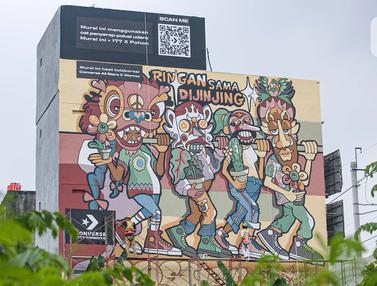 Pembuatan Mural Kampanye Converse City Forest