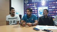 Vincenzo Alberto Annese, pelatih baru PSIS Semarang. (Bola.com/Ronald Seger)