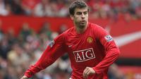 Gerard Pique saat membela Manchester United (Dailystar)