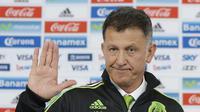 Federasi Sepak bola Meksiko (FMF) tetap mempertahankan Juan Carlos Osorio sebagai pelatih meskipun kalah telak 0-7 dari Cile pada perempatfinal Copa America 2016. (AFP)