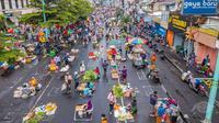 Potret Pasar Salatiga Terapkan Physical Distancing. (Sumber: Facebook/ Mas Haris)